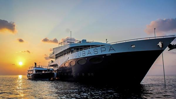 Floating Resorty by ScubaSpa