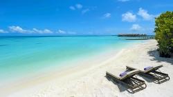 Constance Moofushi Maldives Beach