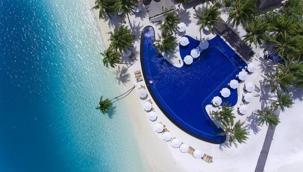 Rangali Finolhu Island main pool aerial