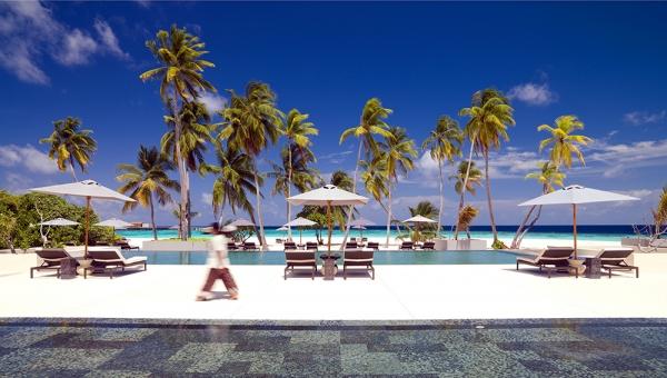 Park Hyatt Maldives Hadahaa Pool