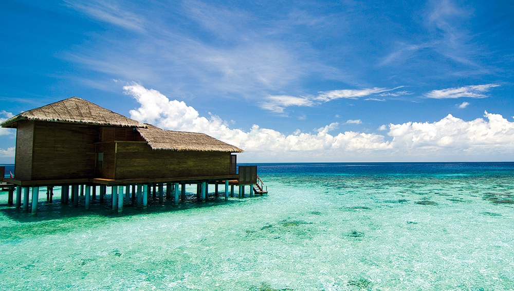 Jumeirah-Dhevanafushi---Ocean-Revive-Deck