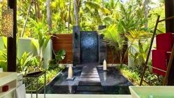 Beach Studios Bathroom