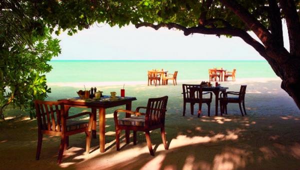 Degrees Beach Breakfast Dining