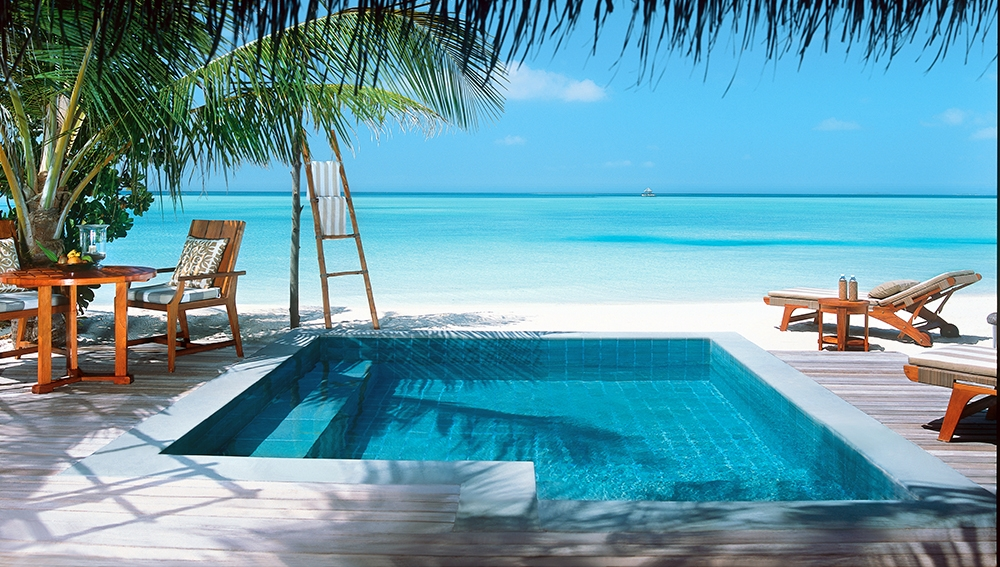 Luxury Pool Villas Maldives: Deluxe Beach Villa With Oversized Plunge Pool At Taj