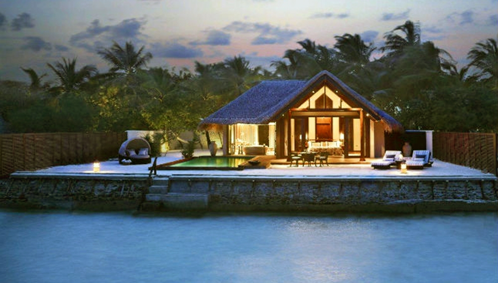 Premium Beach Villa with Pool