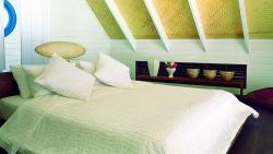 Dhoni Loft Suite Bedroom