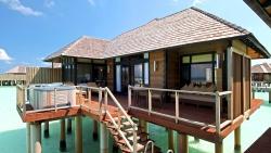 Horizon-Water-Villa-Deck