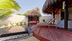 Pool-Beach-Villa-Detail-of-Pool
