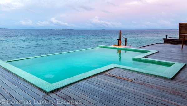 Sunset Water Pool Villa