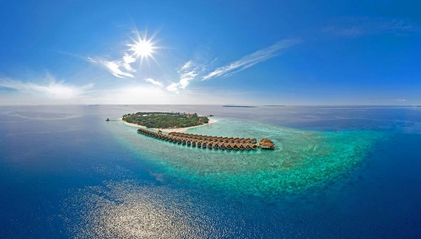 Reethi Faru Resort & Spa