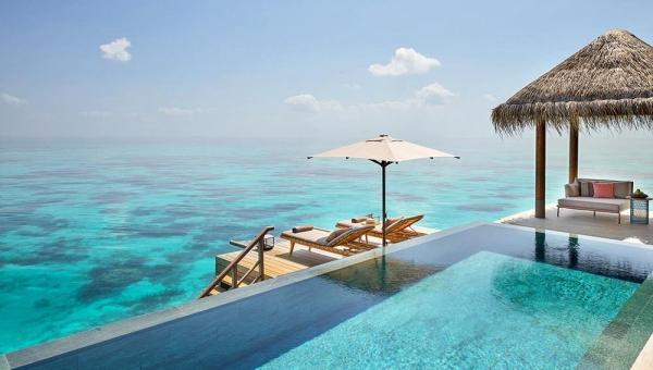 Three Bedroom Ocean Residence with 2 Pools