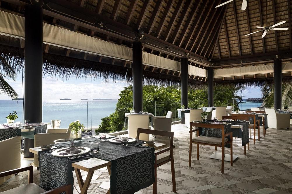 Manzaru Pool Bar and Restaurant