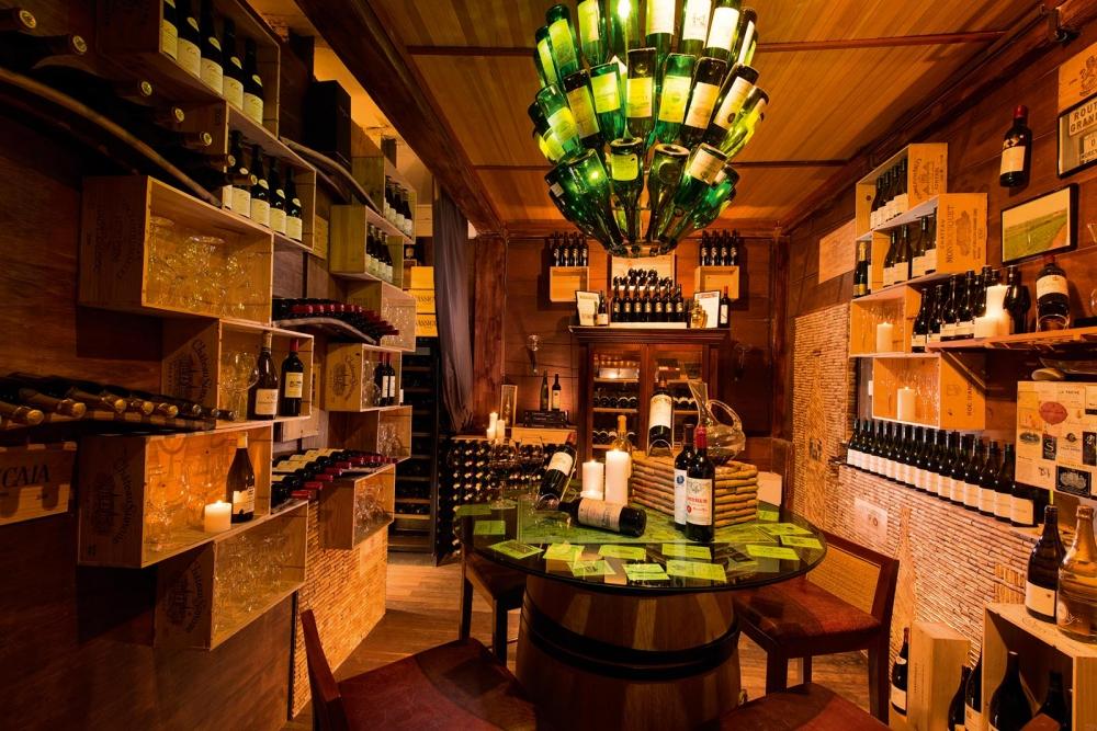 Jahaz Restaurant and Bar