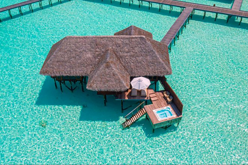 Grand Water Villa With Whirlpool
