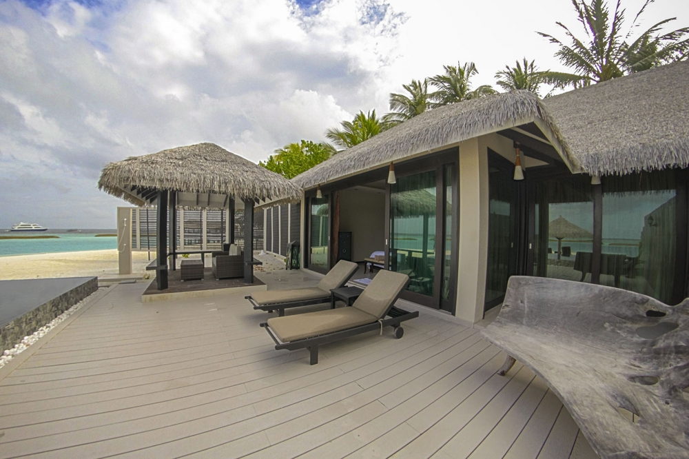 TWO BEDROOM WATER SUITE WITH PLUNGE POOL