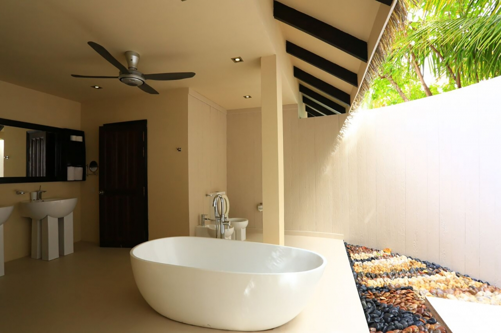2Bedroom Water Suite with Plunge Pool