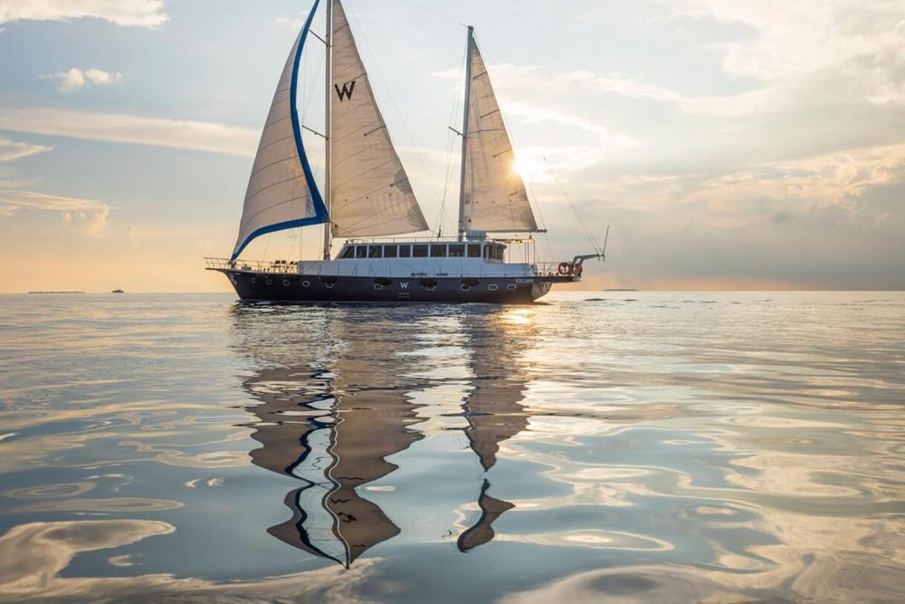 Escape - W Maldives luxurious yacht