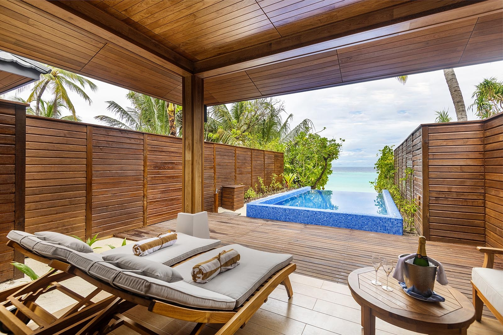 Beach Suite with Pool