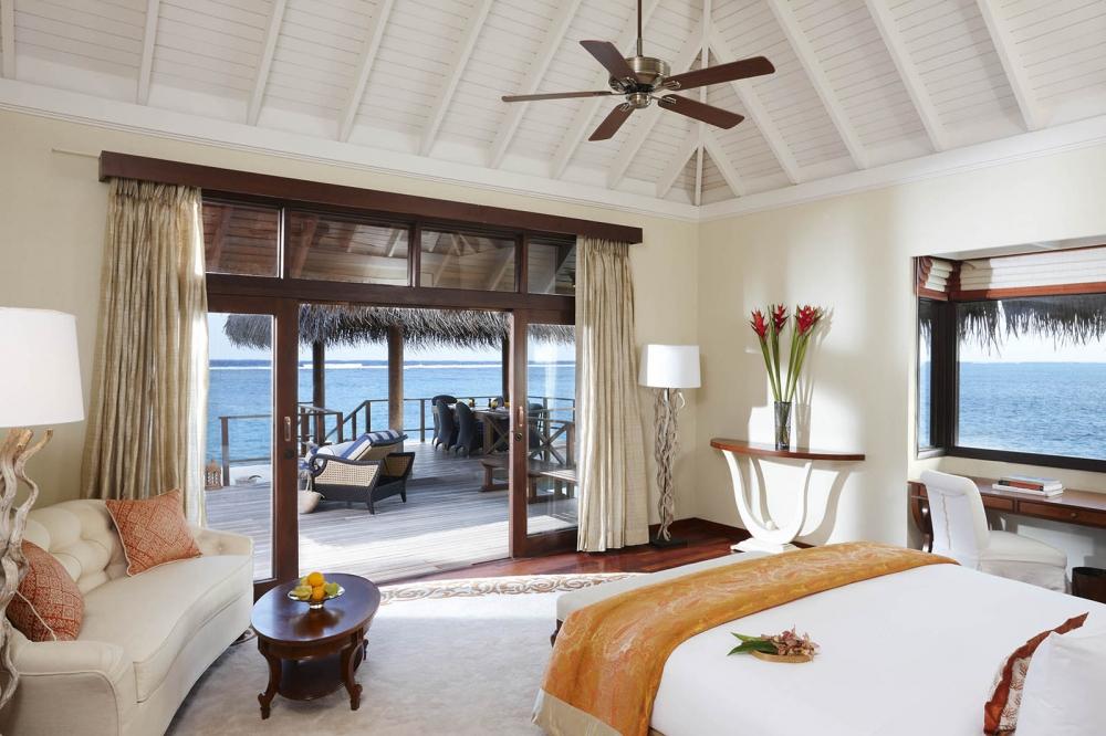 2Bedroom Rehendi Presidential Suite Pool