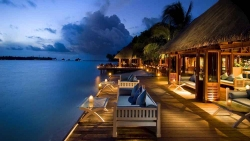 EXCLUSIVE HONEYMOON DISCOUNT ON BEACH VILLA