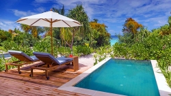 FAMILY HOLIDAY - 2 ADULTS PLUS 2 CHILDREN AT BEACH VILLA (WITH POOL)