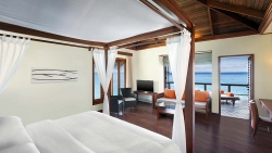 ENJOY 5 NIGHTS in WATER VILLA