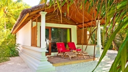 DIVING AND SNORKELLING 5 NIGHTS DELUXE BEACH VILLA