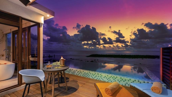 3 NIGHTS SUNSET BEACH VILLA PLUS 3 NIGHTS WATER VILLA WITH POOL