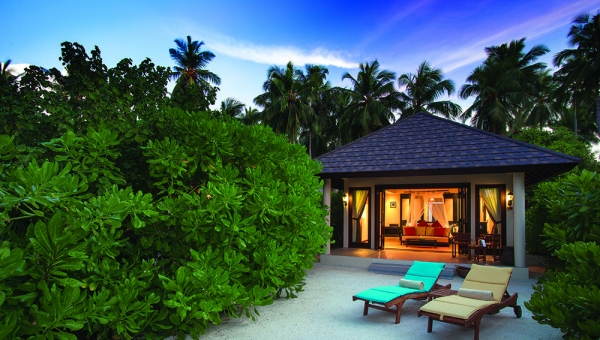 3 NIGHTS SUNSET BEACH VILLA, 3 NIGHTS WATER VILLA WITH POOL
