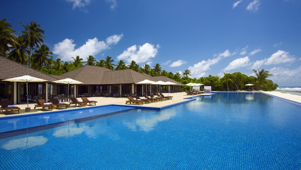 STAY 7 NIGHTS WATER VILLA WITH POOL