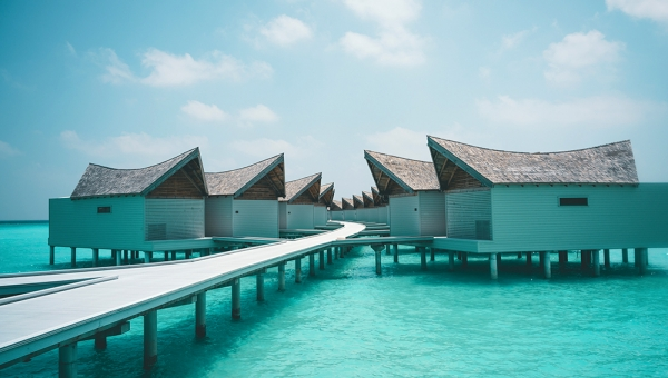 STAY 7 NIGHTS OVERWATER POOL VILLA LAGOON