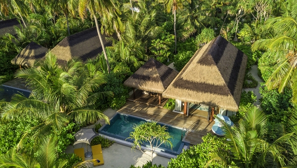 BOOK 5 NIGHTS BEACH VILLA